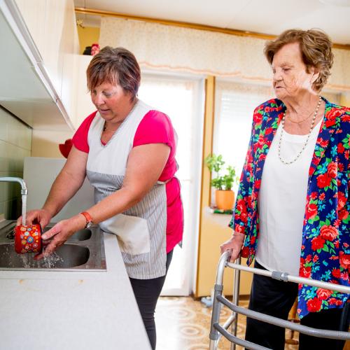 Talent op Maat gaat ook bemiddelen voor baan in de zorg